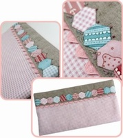 Pattern: Hexie Club-Pencil Pouch By Hugs 'N Kisses. (H-74)