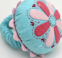 Pattern: Applique Club-Wrist Pincushion By Hugs 'N Kisses.
