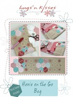 Pattern: Hexie on the Go Bag By Hugs 'N Kisses. (H-47)